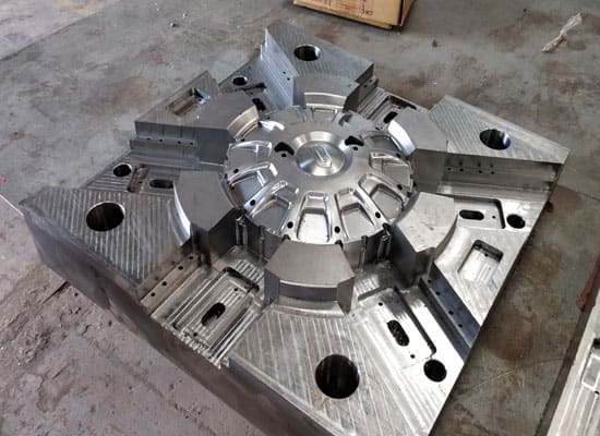 Moulds-and-Machining